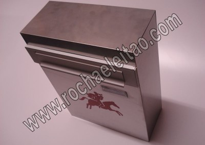 Caixas de Correio Aço Inox Porta Atrás