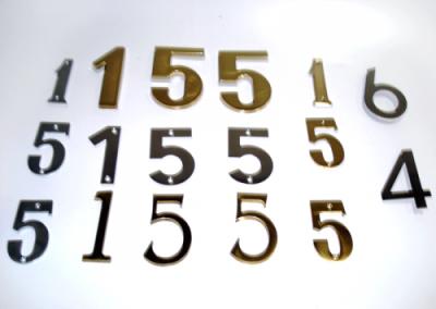 Números e Letras por Encomenda